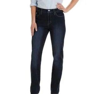 42b1979c Women's Lee Premium Jeans on Poshmark